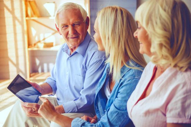 Pflegelotse: So finden Sie eine Pflegeeinrichtung