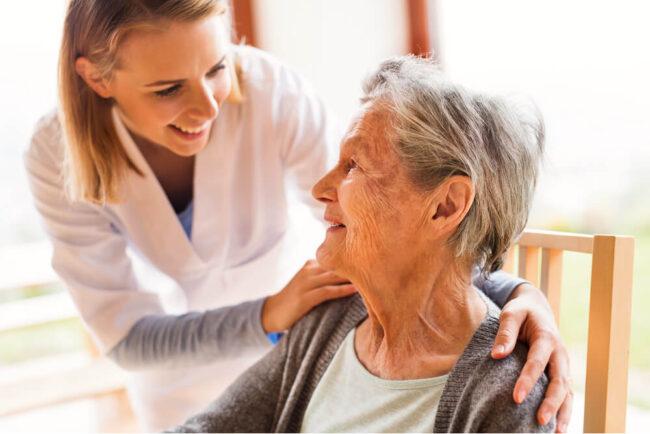 Altenpflege: Informationen, Arten, Finanzierung