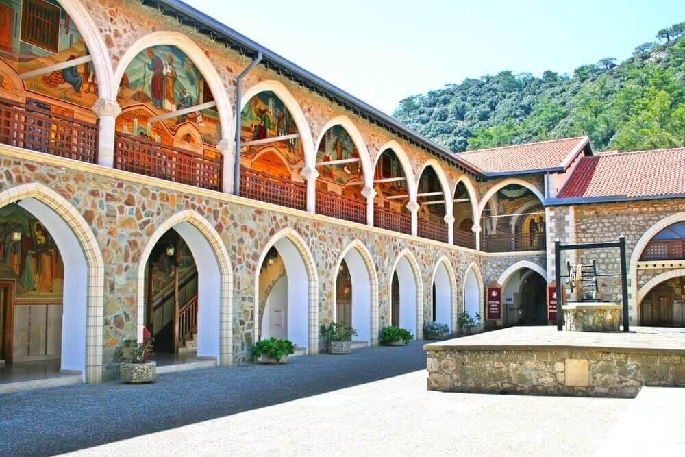 Zypern-Reiseziel-Kloster-Kykko