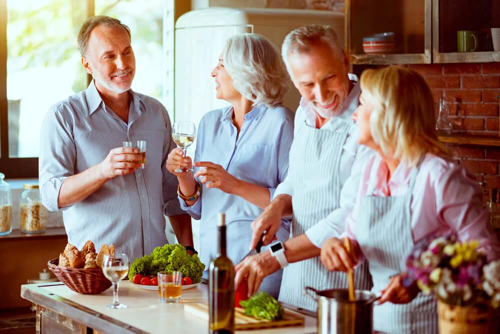 Gemeinsam Kochen Freunde Gesellig Abend