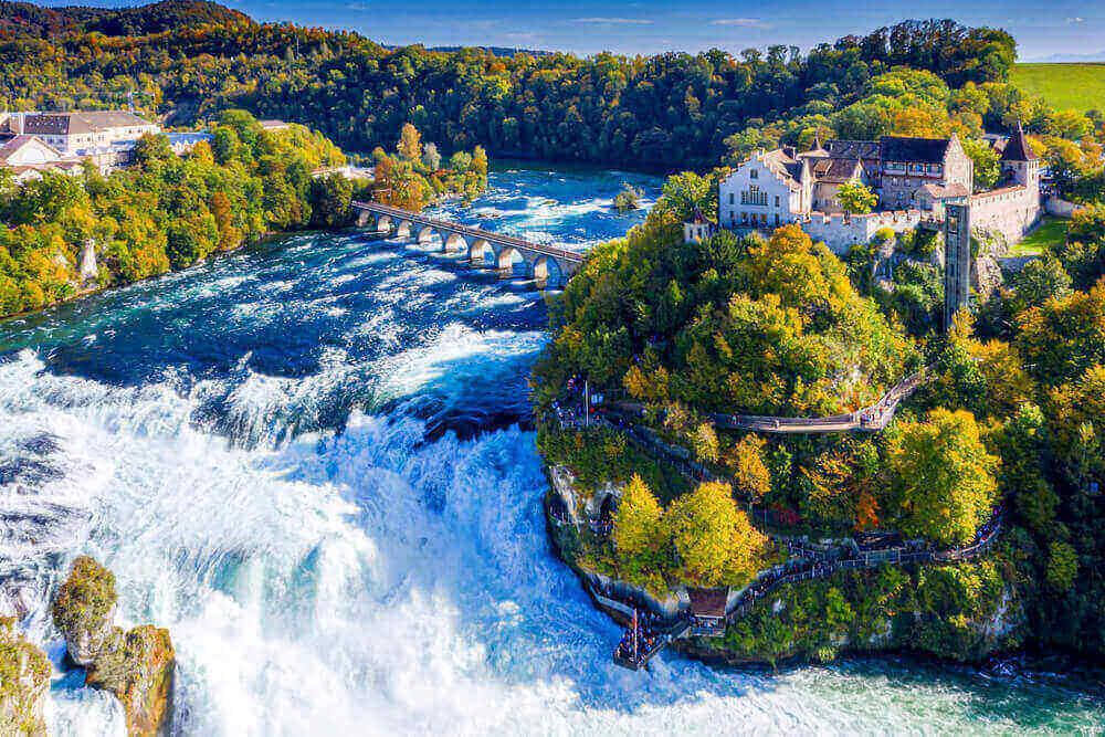 Schweiz-Schaffhausen-Rheinfall
