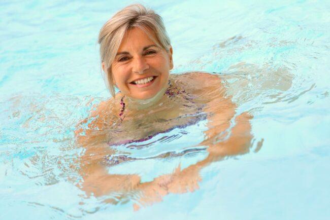 Schwimmen: So steigert es Ihre Fitness