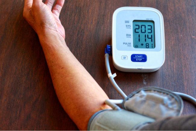 Blutdruck: Wie Sie ihn messen und Bluthochdruck behandeln