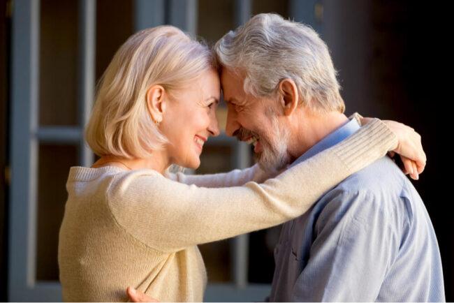 Partnerschaft: Tipps für eine erfüllte Liebe im Alter