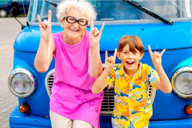 Reisen mit Enkeln: Was Sie beachten müssen